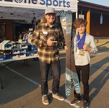 South Lake Tahoe skier awarded BlueZone Sports and Moment Ski package