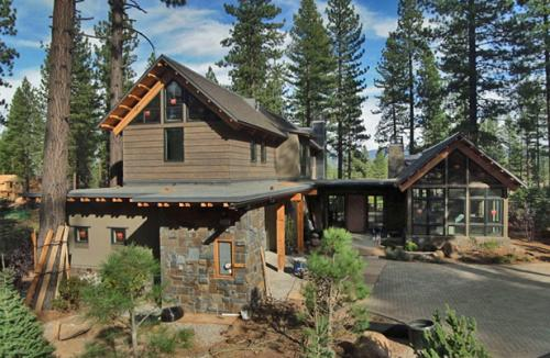 500034-south-tahoe-now-hgtv.jpg
