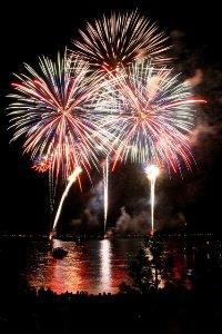 60758-Fireworks 2 Credit Amazing Imagery by Kurtis Rix low res.jpg