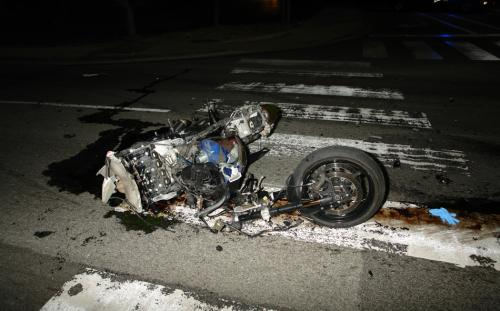 616505-south-tahoe-now-motorcycle-crash-1.jpg
