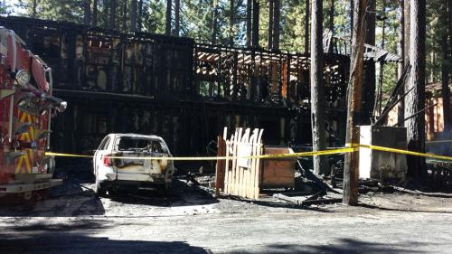677465-south-tahoe-now-fire-2.jpeg