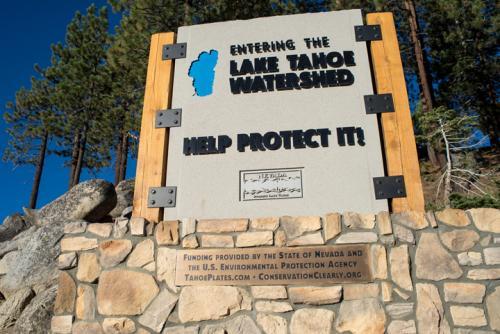 678377-south-tahoe-now-gateway-signs.jpg